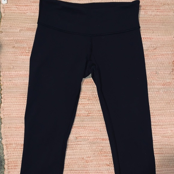 lululemon athletica Pants - LULULEMON CROP WUNDER WUNDERS